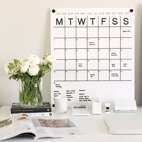 Perpetual Wall Calendar with Note Space: WHITE