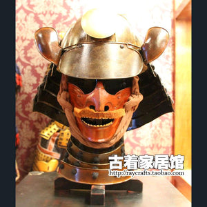 Japanese samurai armor Armor Helmet model in the Warring States period retro reality