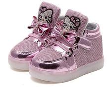 Kids Girls Shoes 2018 Spring Autumn Winter Children's Sneakers Boy Shoes Chaussure Enfant Hello Kitty Baby Shoes With LED Light
