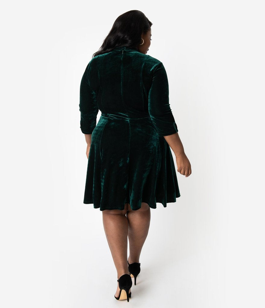 "The ""Parker"" in Emerald Velvet"