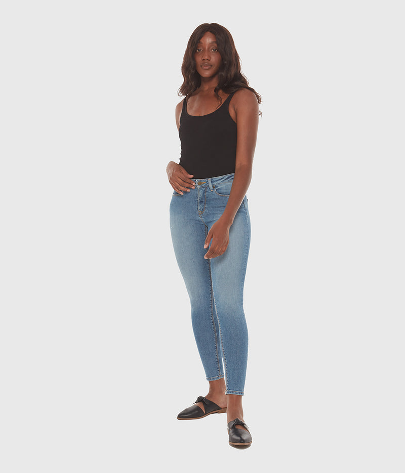 Blair Mid Rise Skinny Jean in Light Stone