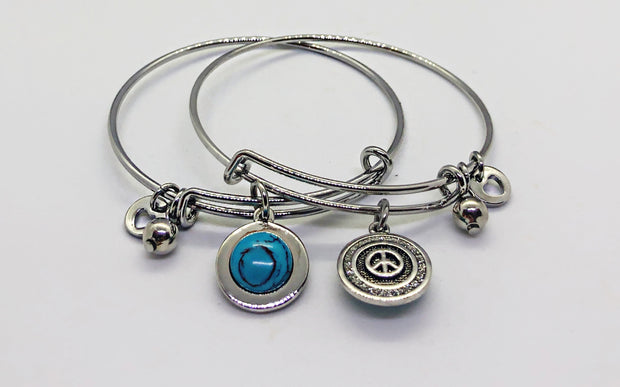 Silver double side bangle with blue stone