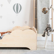 Charger l'image dans la galerie, lit simple junior bois naturel montessori