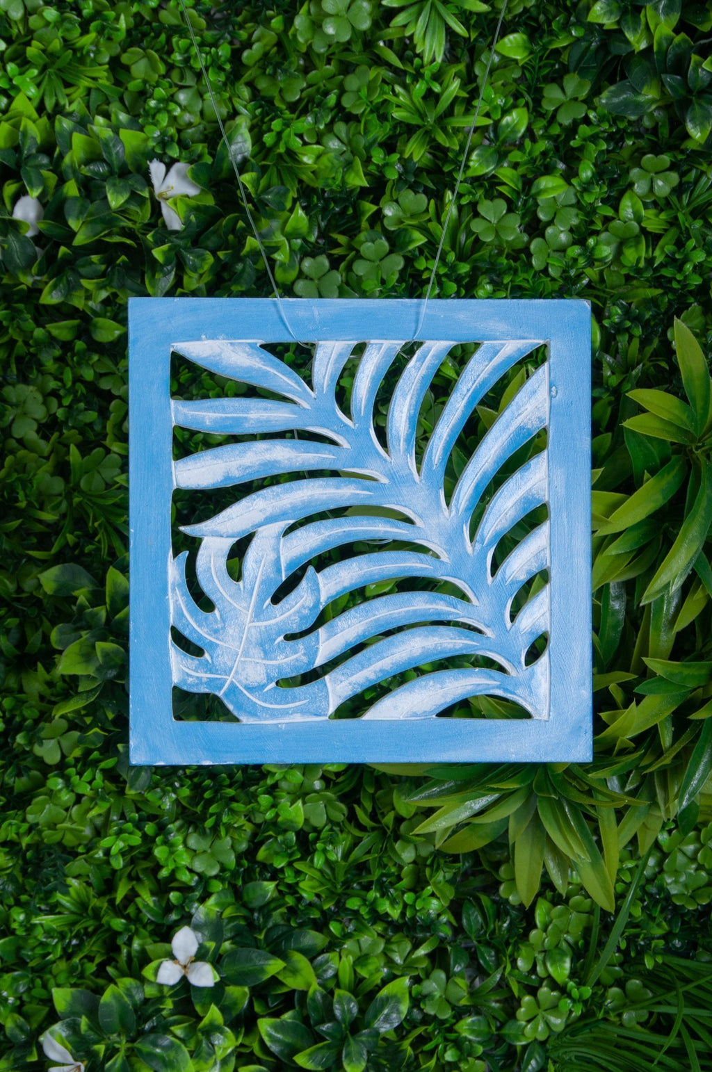 VVLH111 - SQUARE WOOD FERN PANEL 50 x 50cm -BABY BLUE WASH