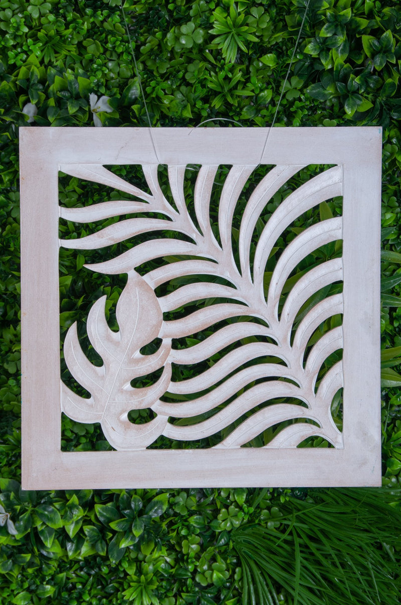 VVLH161 - SQUARE WOOD FERN PANEL - (30 x 30CM) - ANTIQUE WASH