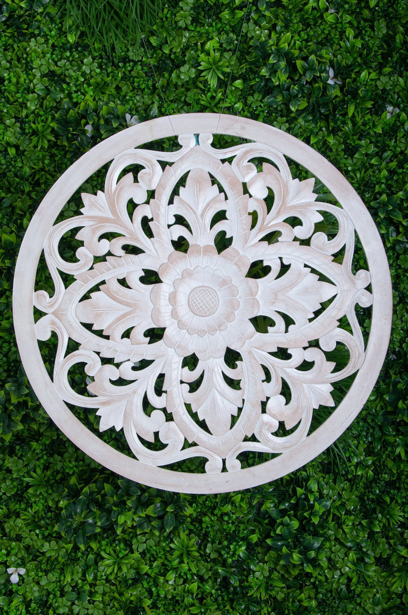VVLH110 - ROUND WOOD LOTUS PANEL 80CM - WHITE WASH