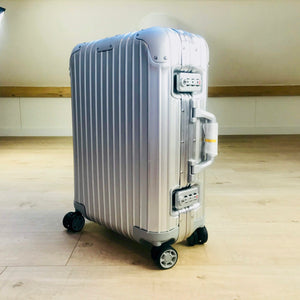 Rimowa ORIGINAL CABIN S MULTIWHEEL 32L Pre-Owned Never Used 2018 Made in Germany