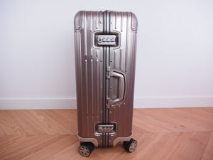 RIMOWA ORIGINAL Check-In M Multiwheel TITANIUM 92563004 NEW Made in GERMANY