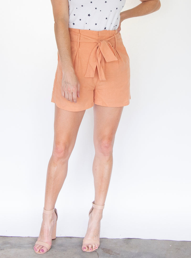Paper Bag Short in Peach