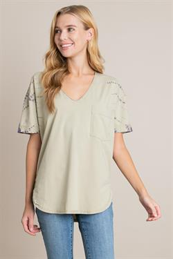 Tie Dye V-neck Sleeve with Pocket Detail Top with Curved Hem