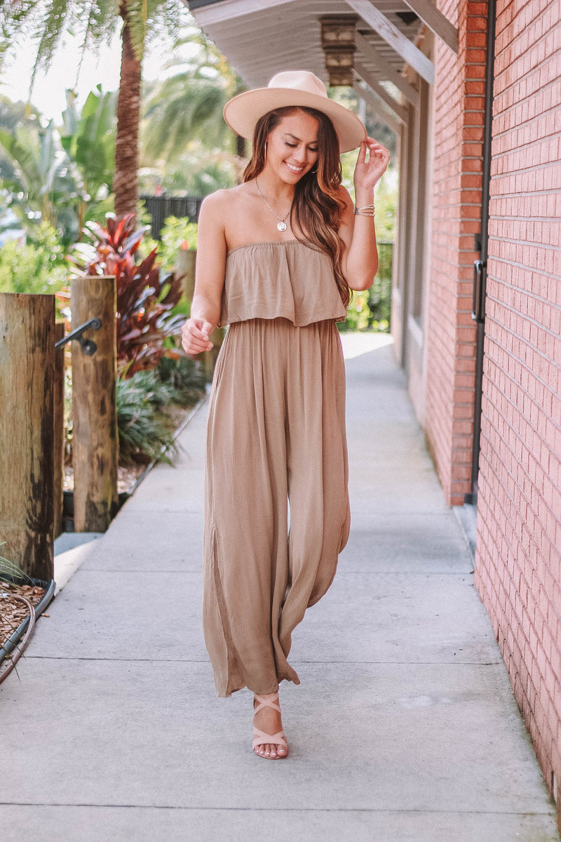 Lightweight Jumpsuit with Ruffle Top