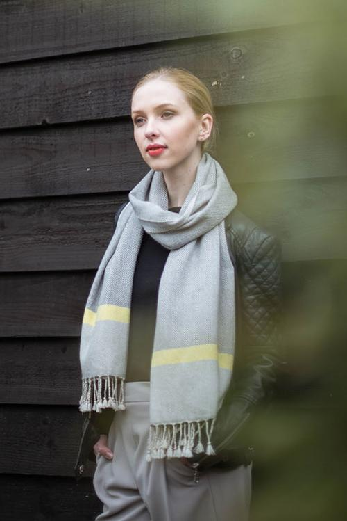 Hand Woven Cashmere Neon Accent Wide Scarf – Grey/Neon Yellow