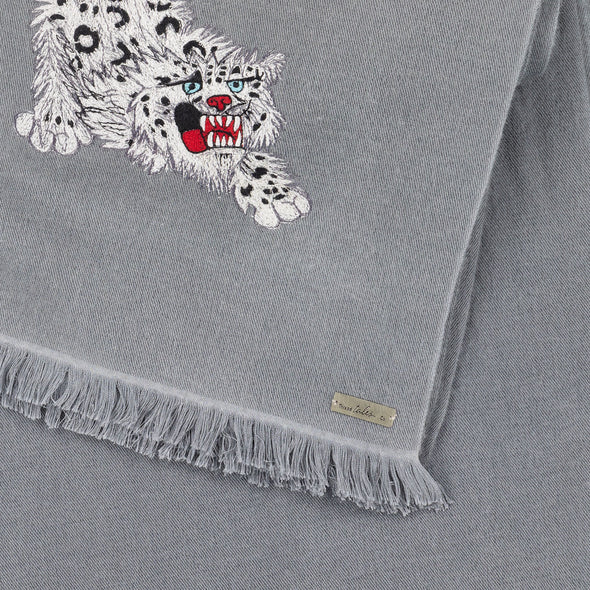 Hand Woven Snow Leopard Embroidered Scarf (Grey)
