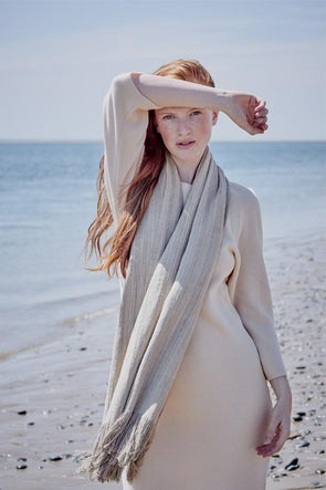 Pure Lotus Blanket Scarf – Monk's Quality