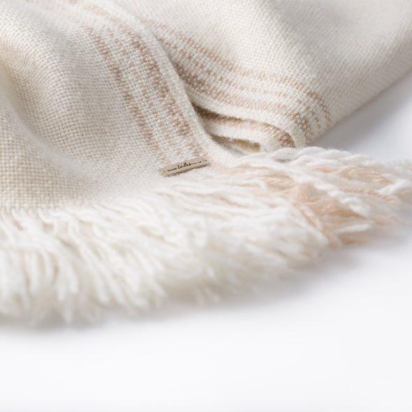 Hand Woven Pocket Merino Shawl - Cream