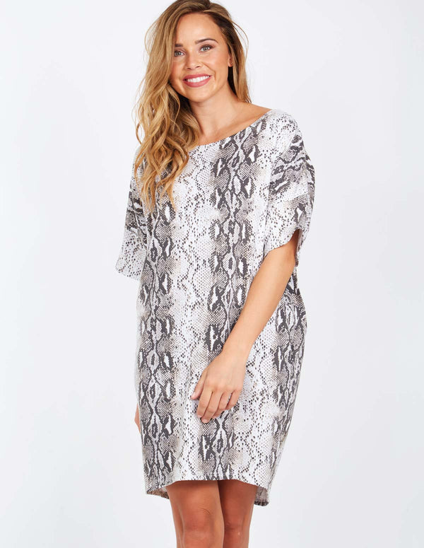 FABIANA - Short Sleeve Oversized Snake Print Dress