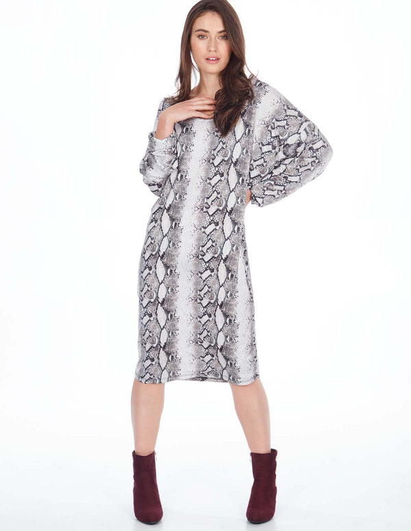 ALIA - Snake Print Batwing Long Sleeves Oversized Dress