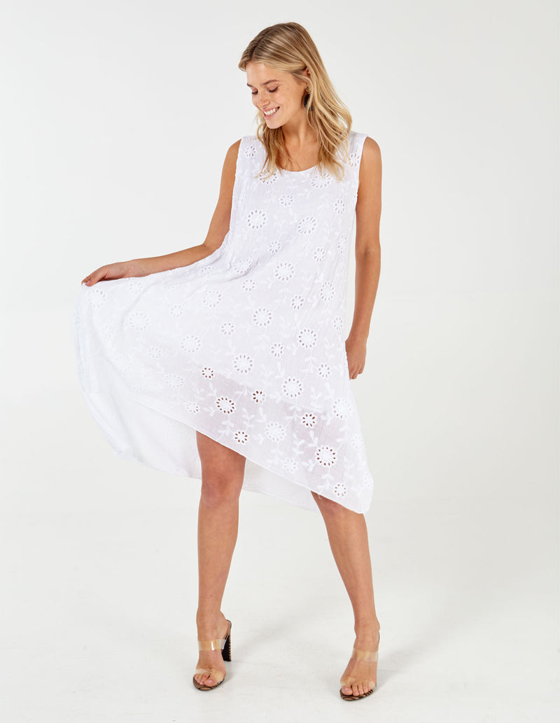 PAM - White Embroidered Flower Tunic Dress