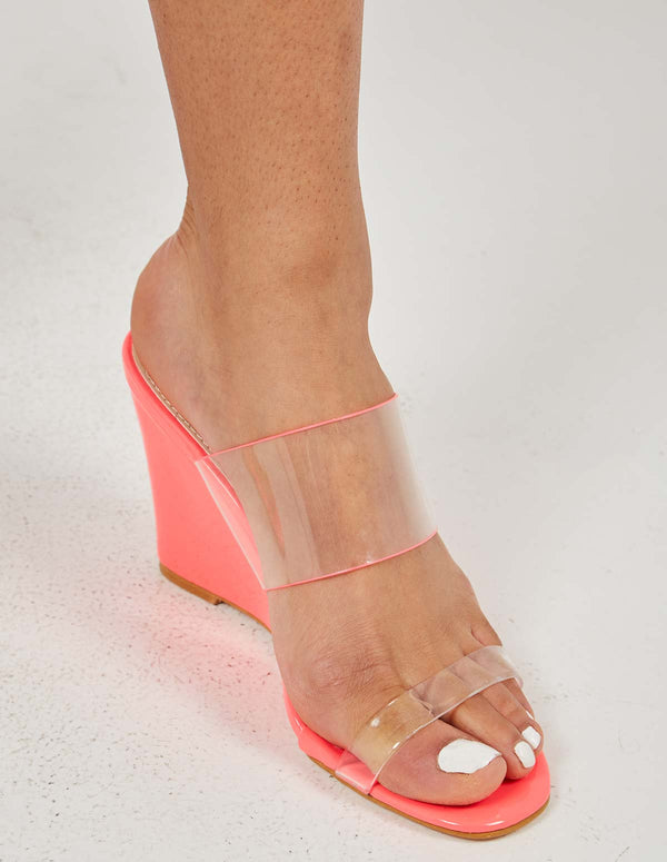 MADELYN - Perspex Straps Fuchsia Wedges
