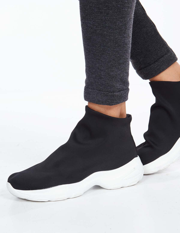 ARLANA - Hightop Sock Black Sneakers