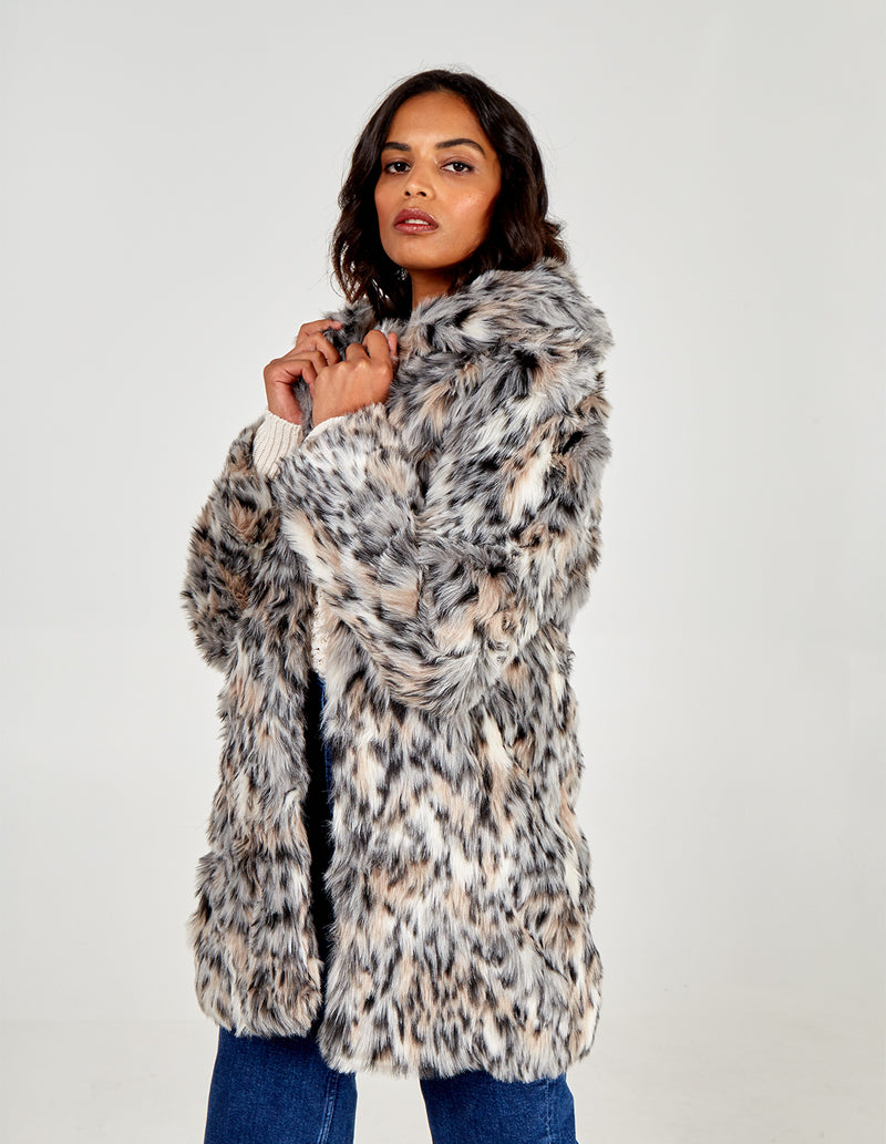 VERSE - Wild Cat Fur Coat