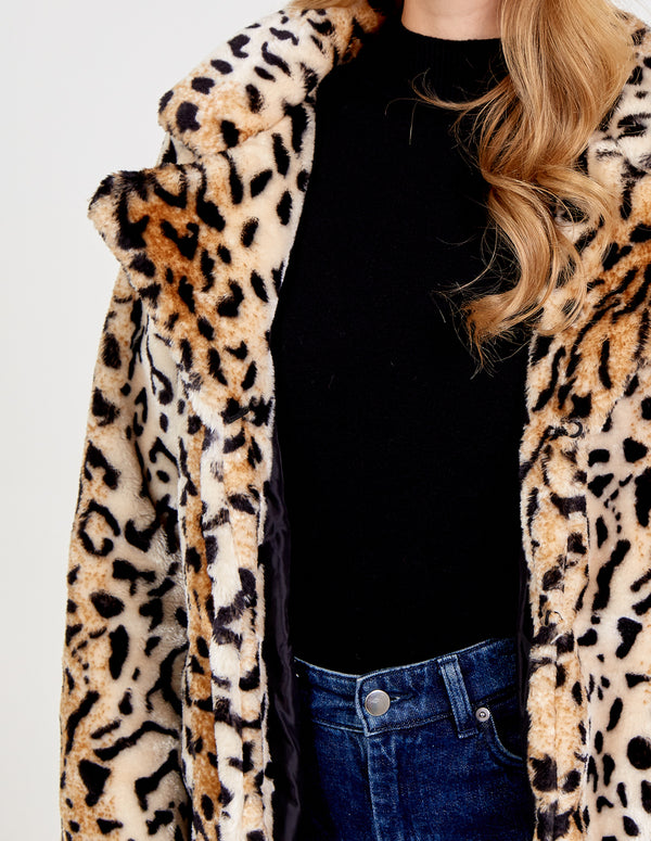 LEA - Soft Touch Leopard Fur Coat