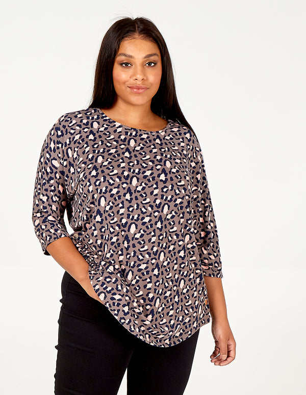 NORAH - Leopard Print Soft Touch Batwing Top
