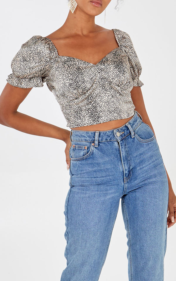 VELMA - Leopard Print Puff Sleeve Crop Top