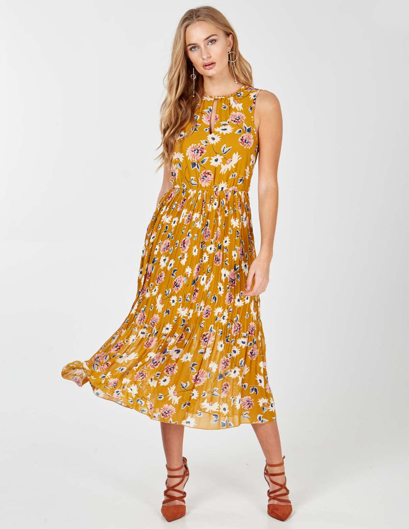 EMILY - Mustard keyhole Detail Pleated Maxi Dress