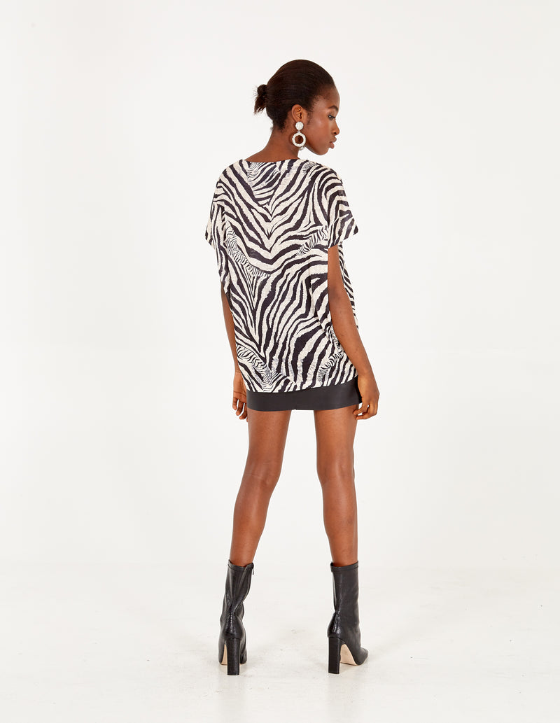 ANASTASIA - Abstract Animal Oversized Top