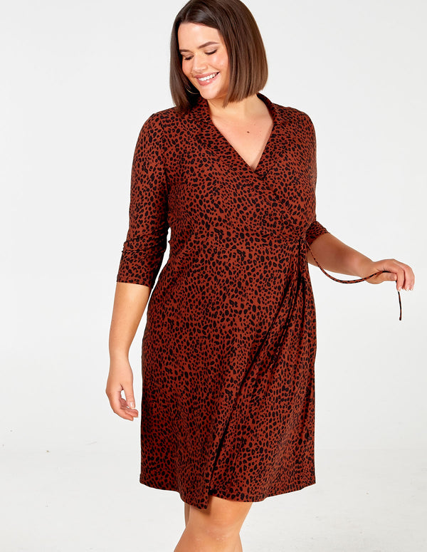 VANESSA - Curve Appaloosa Spot Collar Wrap Dress