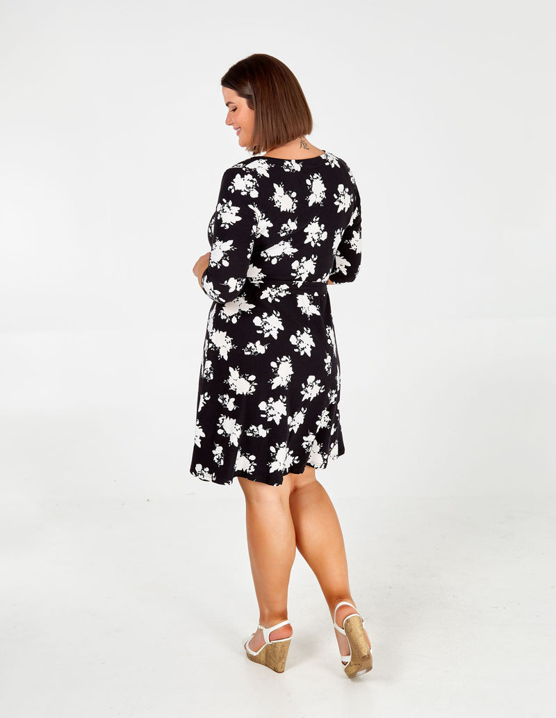 NYLAH - Curve Floral Ruched Tea Dress