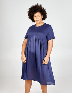 DANIELA - Curve Frill Point Midi Dress