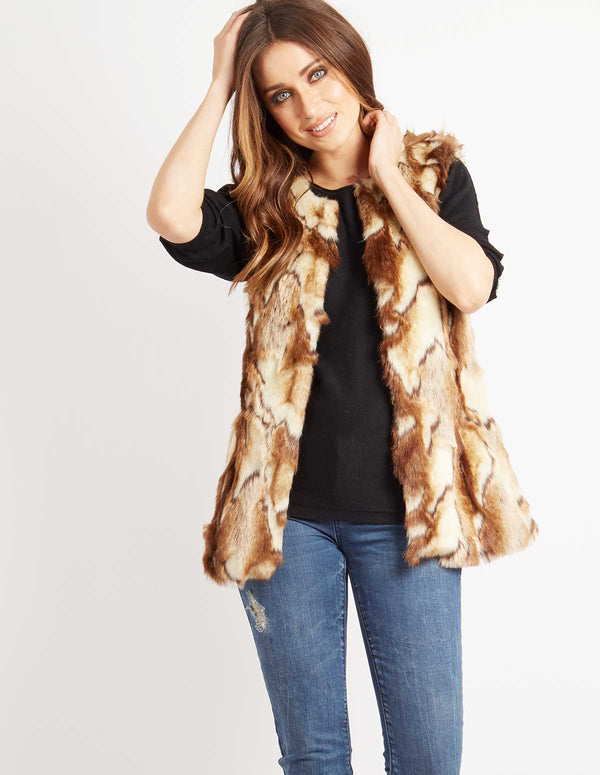 ASHLYN - Jacquard Fur Gilet Brown