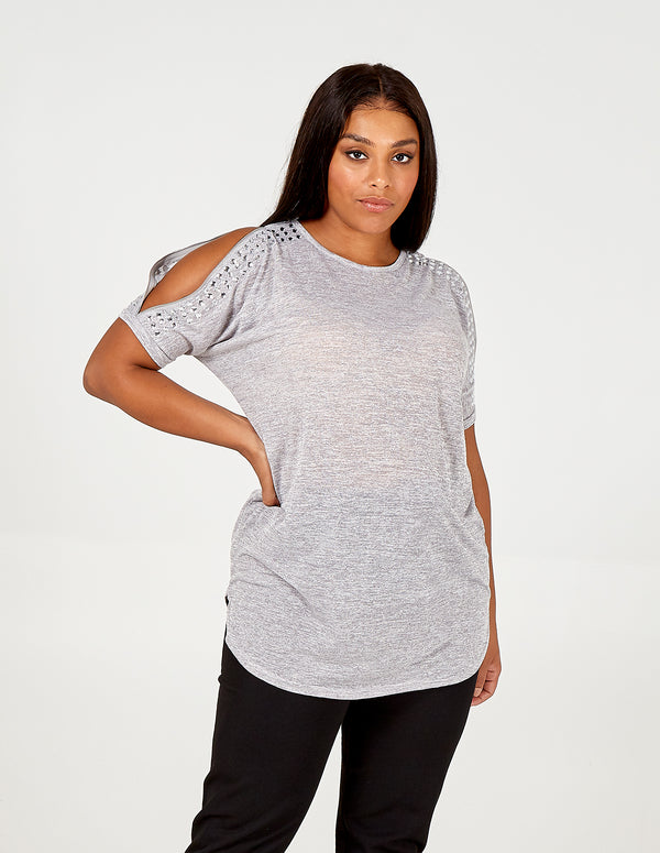 SKYLER - Curve Detailed Cold Shoulder Top