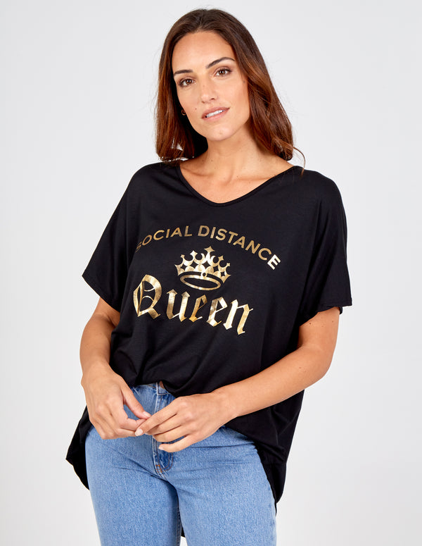 ANNAMARIA - Social Distance Queen T Shirt