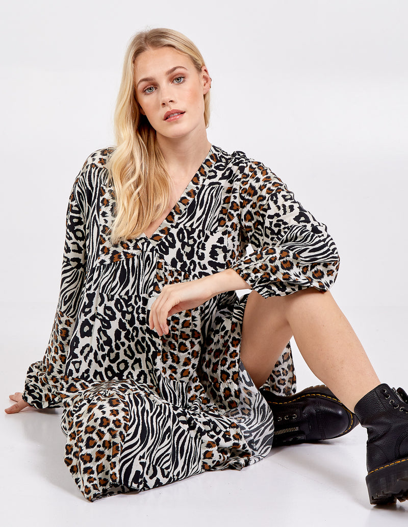 AMELIE - Animal Print Tiered Long Sleeve Dress