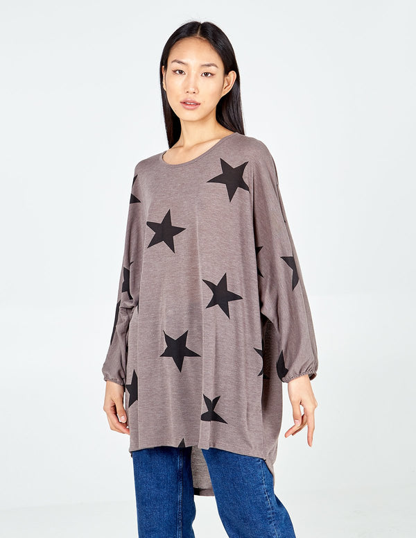 NANCIE – Oversize Star Print Top