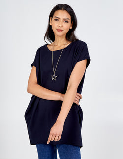 AMINAH - Oversized Star Necklace Tunic Top