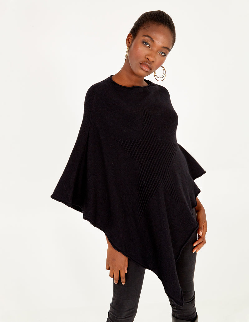 ADRIANA - Knitted Star Poncho