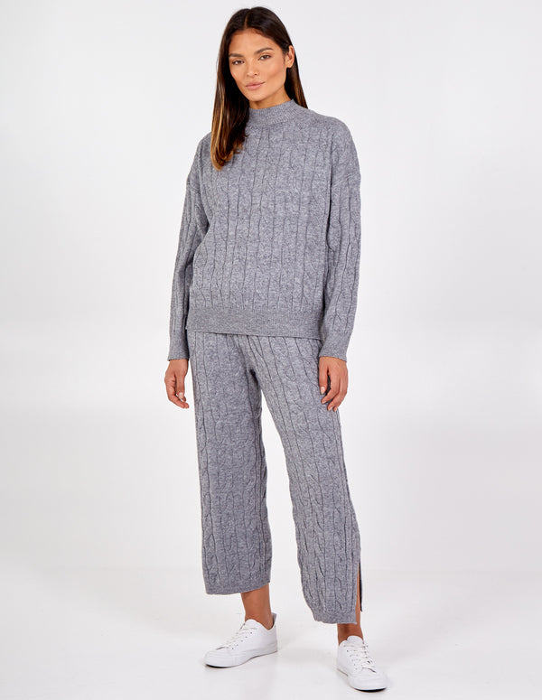 JORGIE- High Neck Cable Knit Set