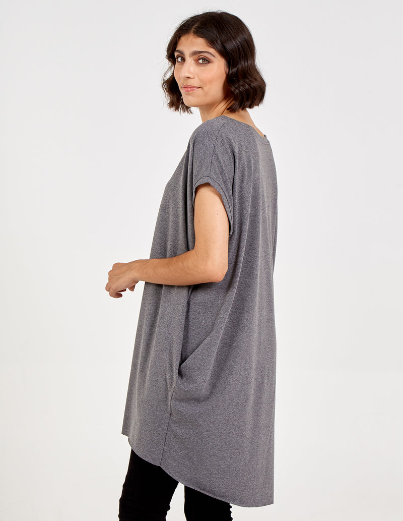 MILANA - Oversized Star Necklace Tunic Top
