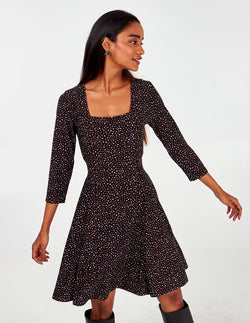 ALYSSIA - 3/4 Slv Multi Spot Square Neck Dress
