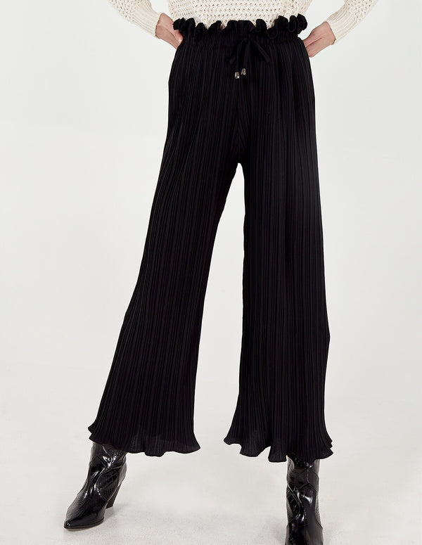 MEGAN - Pleated Black Culottes