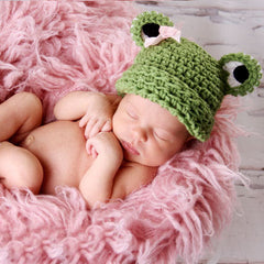 Miss Froggy Crochet Beanie Baby Hat with Pink Bow icon