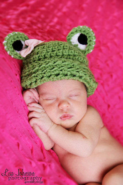 Miss Froggy Crochet Beanie Baby Hat with Pink Bow