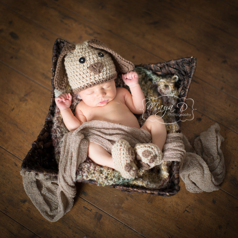 Playful Paws Hat and Booties SET - Gender Neutral