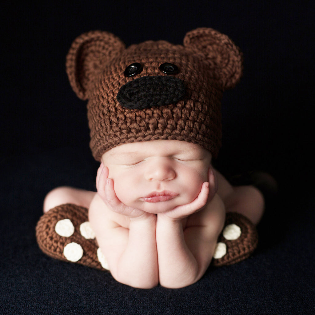 Brown Bear, Brown Bear What Do You See Hat and Booties Set - Newborn Boys