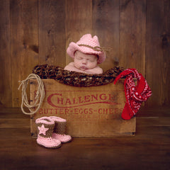 Cutie Cowgirl Hat and Booties Set for Newborn Girls icon