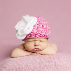 Handmade Chunky Pink Hat with White Flower icon